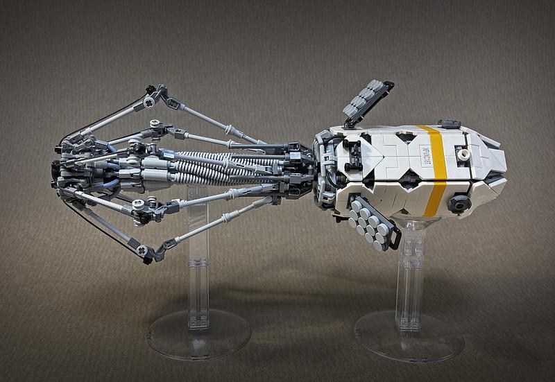 LEGO LANDING MODULE -PHAGE-14