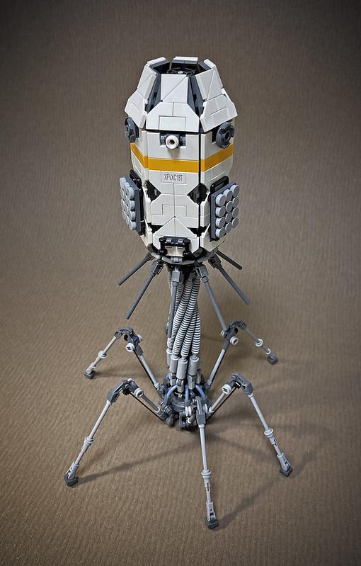 LEGO LANDING MODULE -PHAGE-04