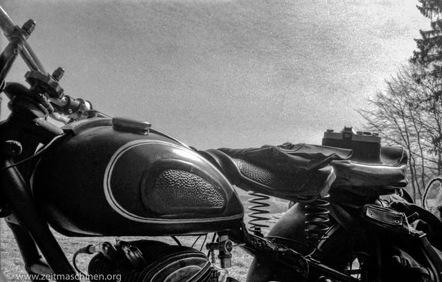 Time Travel 1975 - Bike and camera