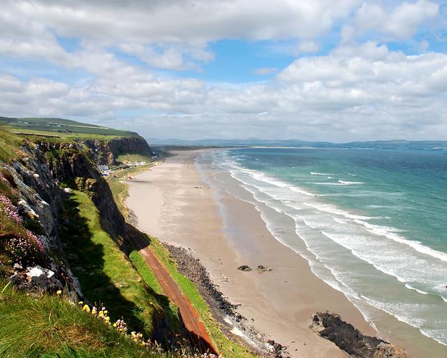 Playa de Downhill Strand en Irlanda del Norte