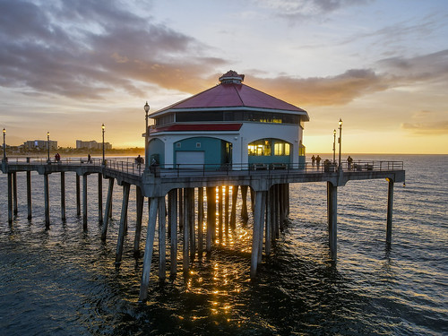 sunrise surfcityusa beach drone ktla ktlamorningnews mavicair2 pacific pier huntingtonbeach california unitedstates ocwanderlust water ocean