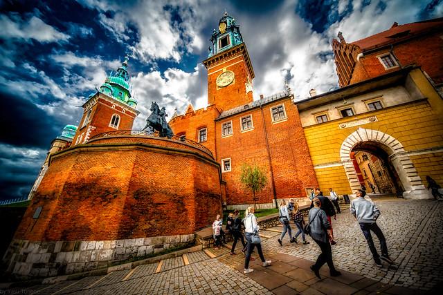 Wide angle photo of the entrance to the Wawel Royal Castle, the towers and Tadeusz Kościuszko Monument, Krakow, Poland.   777-Edita