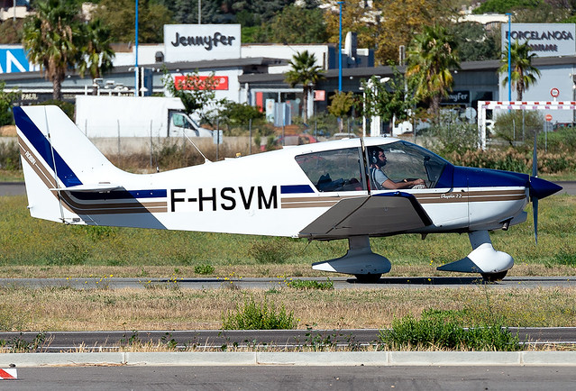F-HSVM Robin DR400/120 Dauphin 2+2