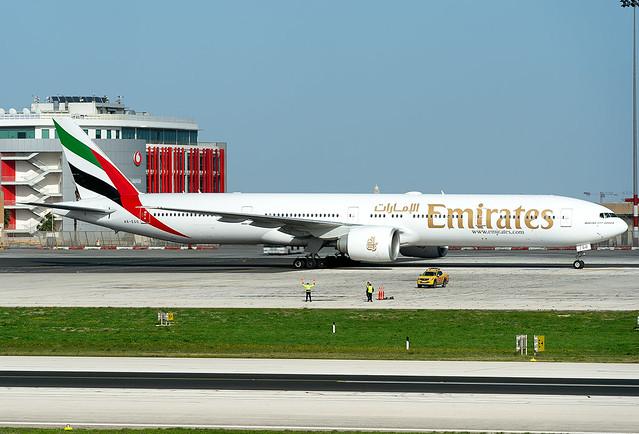 A6-EGO A6-EGO  Emirates Boeing 777-31H/ER