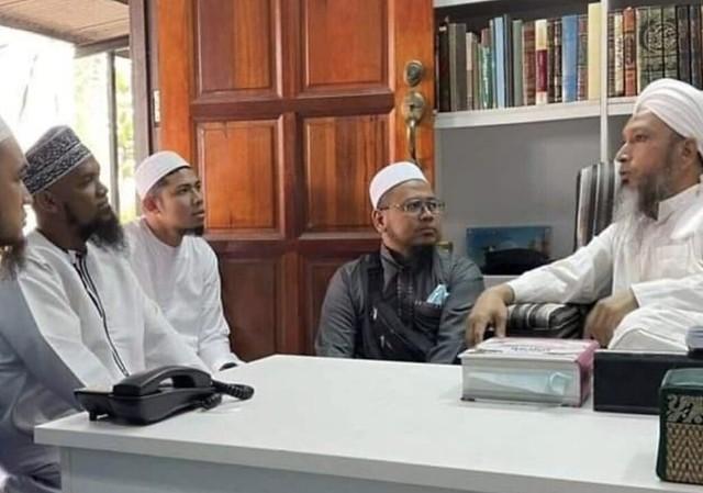 Nabil Ahmad Menangis Keinsafan Dapat Ikut Geng Tabligh 3 Hari