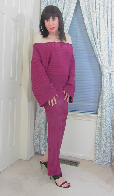 My new off the shoulder magenta bodycon maxi sweater dress. Matched it with black 4 1/2