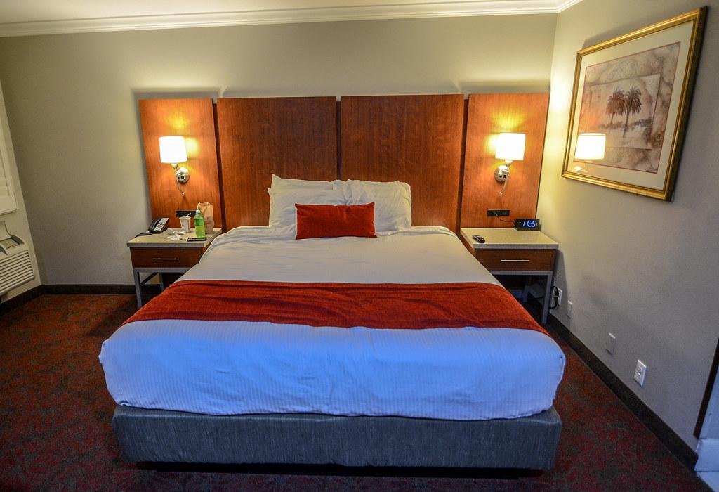 Bed Del Sol Inn