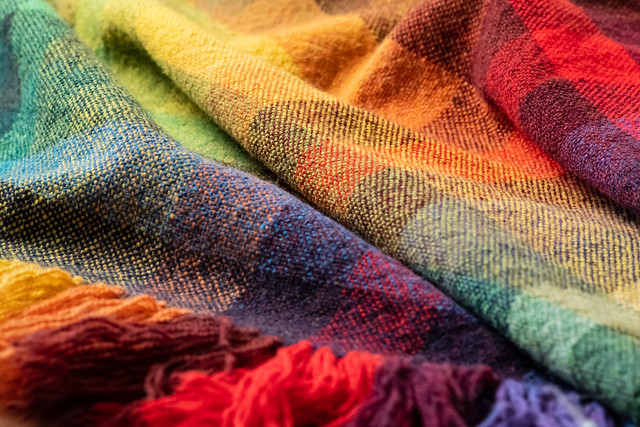 Handwoven Color Gamp