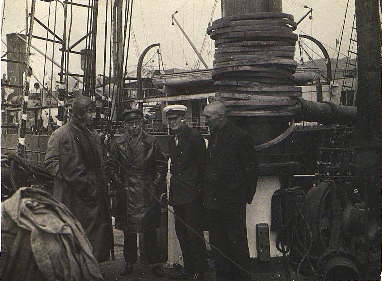 На борту шхуны «Чукотка». Берзин А. П. 1931