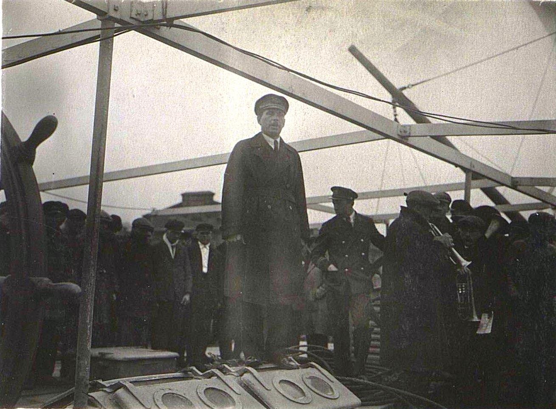 1 мая во Владивостоке. Берзин А. П. 1931