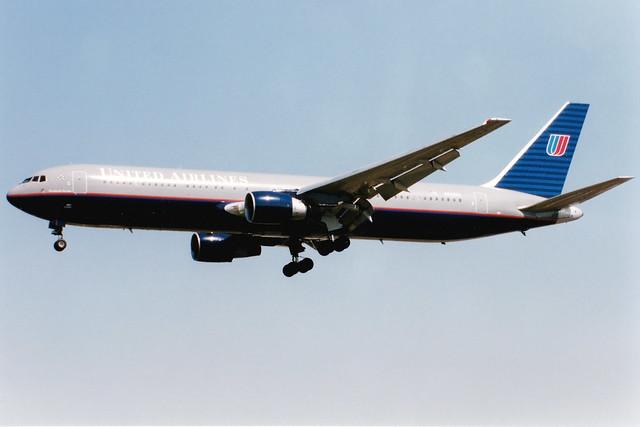 United Airlines   Boeing 767-300ER   N642UA   London Heathrow