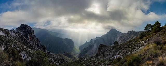 Panoramica Valle del rio Dilar