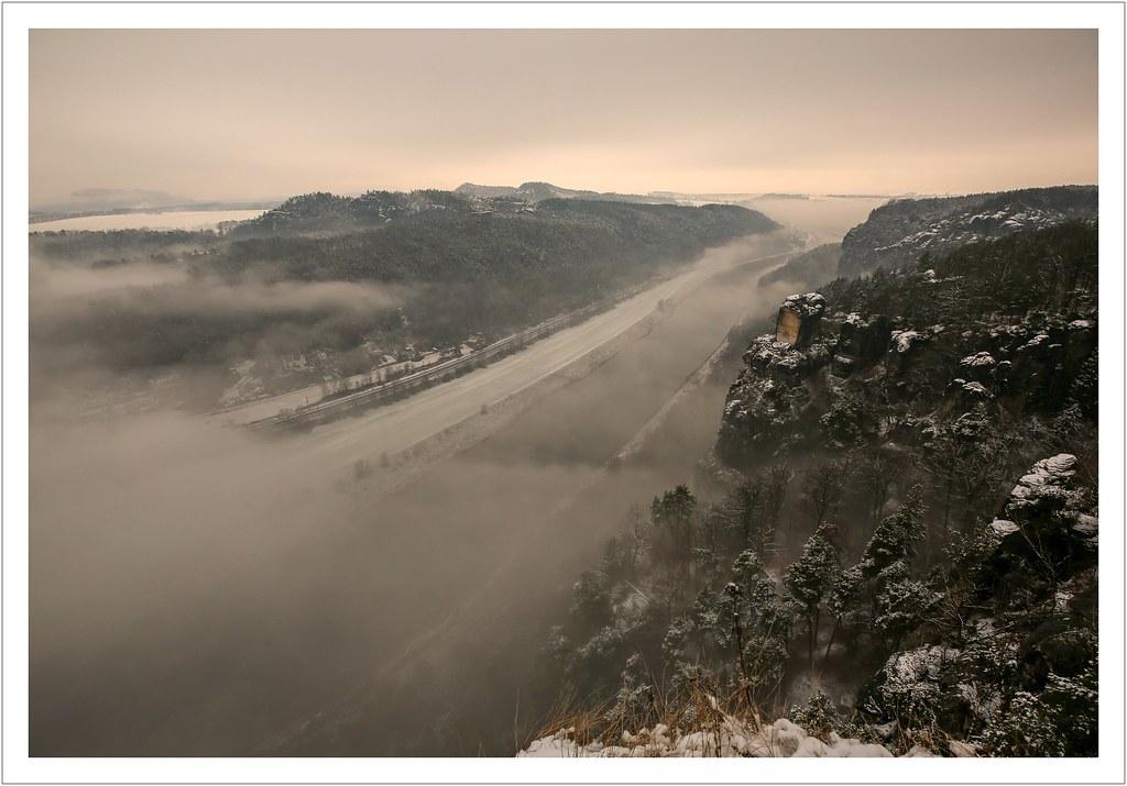 Winternebel im Elbtal
