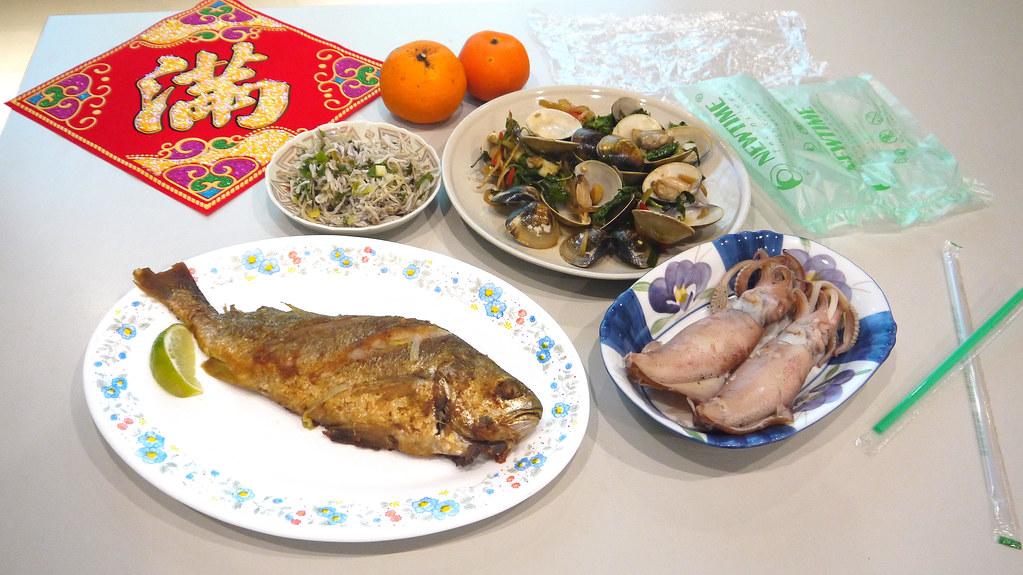 綠色和平表示,年關將近正是大啖海鮮的時節,然而目前幾乎全數海鮮都含有微塑膠,造成國人健康隱憂。黃思敏攝