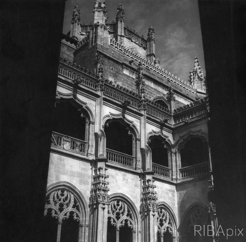 San Juan de los Reyes en septiembre de 1924. Yerbury, Francis Rowland (1885-1970)