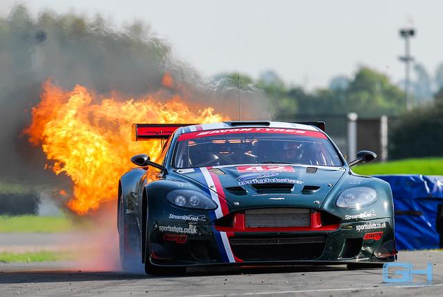 Aston Martin Fire BGT 2009-85385