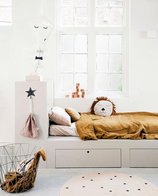 Rust Quilt & Lion Pillow