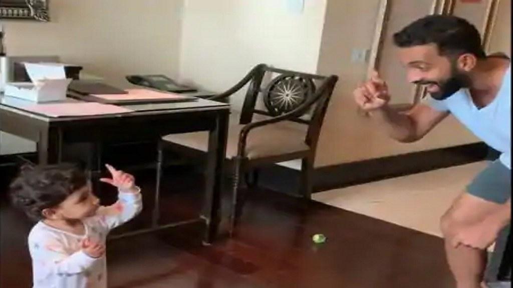 कड़े क्वारंटाइन के दौरान चेन्नई में होटल रूम में बेटी के साथ डांस करते दिखे अजिंक्य रहाणे