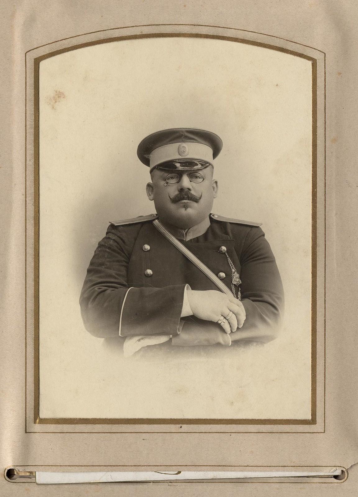 02. Начальник пожарной службы А.Ф. Домишкевич в форме