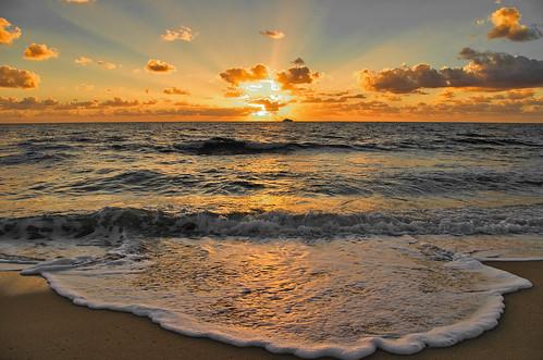 florida usa fortlauderdale daybreak dawn sunrise sea coean boat landscape clouds golden