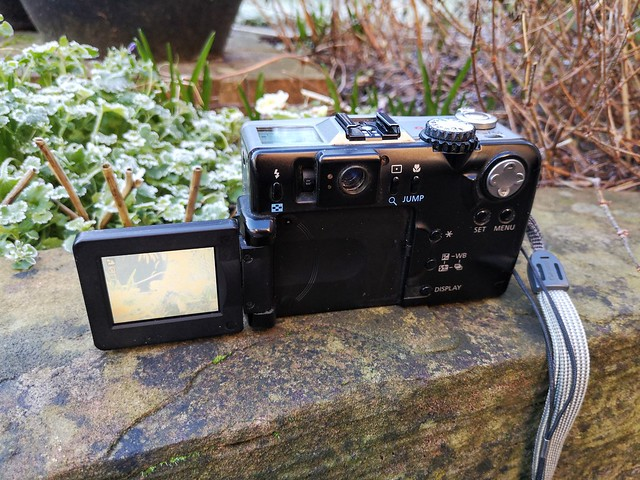 Rear of PowerShot G1 with screen folded out