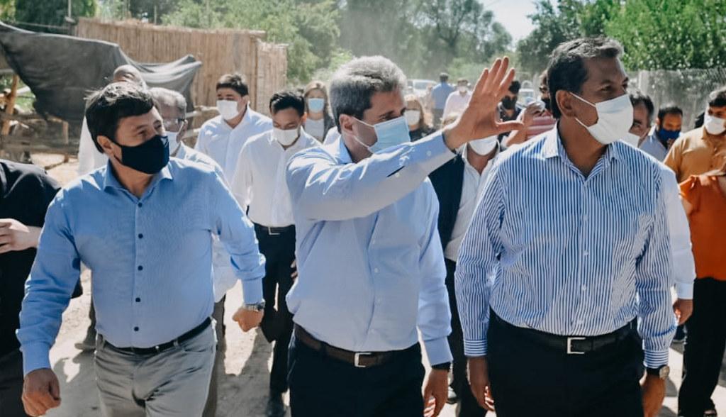 2021-01-28 PRENSA Uñac y Arroyo recorrieron zonas de Carpintería afectadas por el terremoto (15)
