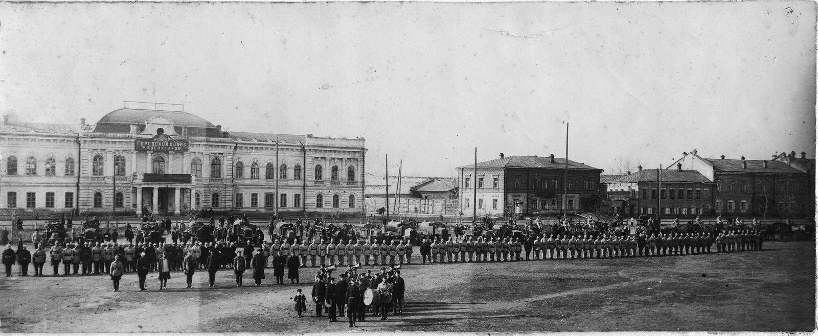 1927. Смотр пожарных частей на площади Третьего Интернационала
