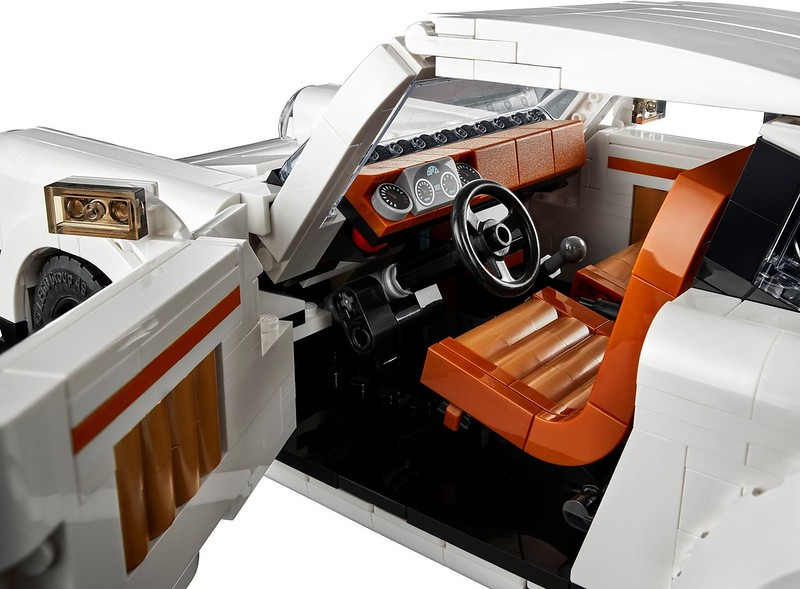 10295 Porsche Product Shots