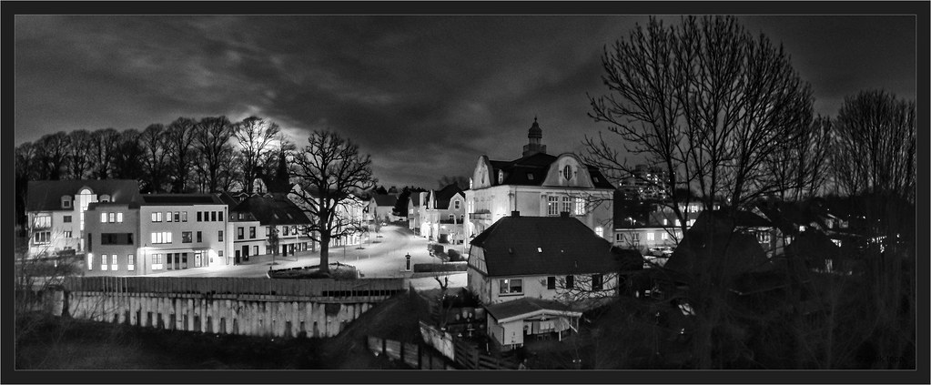 long exposure with smartphone, stitch of three images