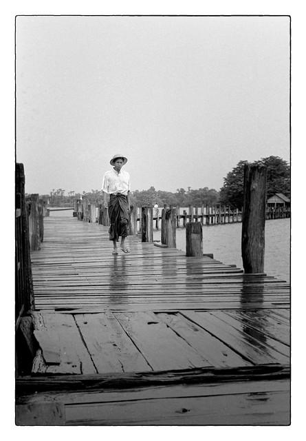 Homme sur le pont