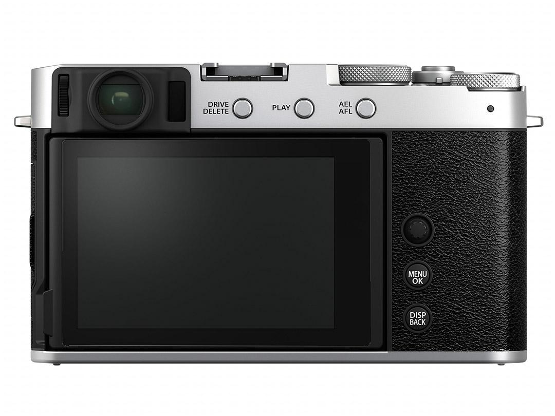 Fujifilm-X-E4-Silver-Body-04