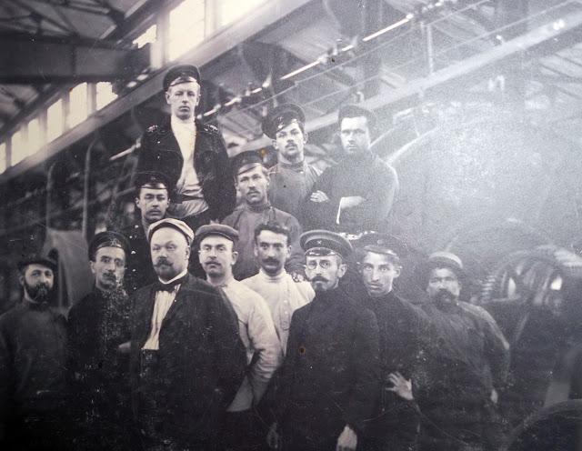 Рабочие Путиловского завода. 1910-е годы.