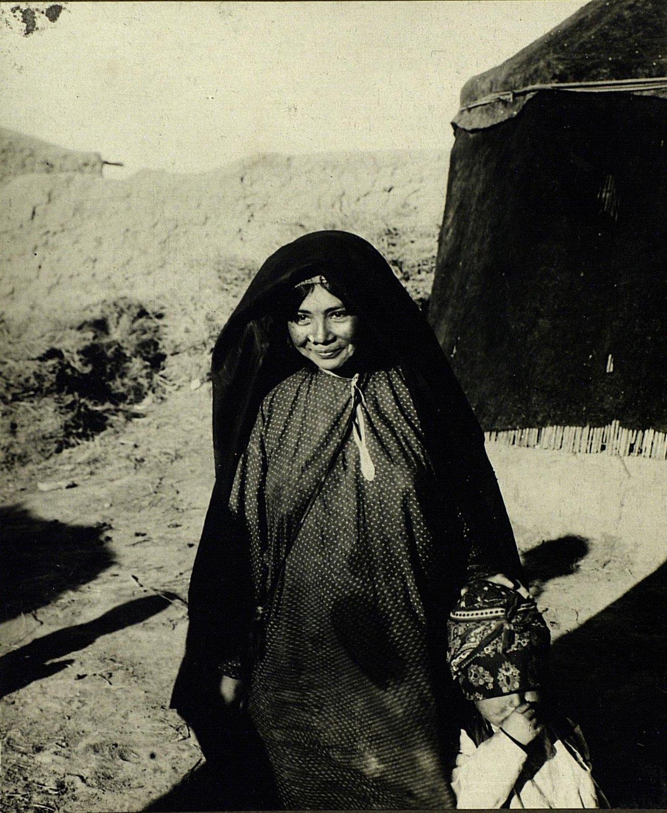 Молодая хазарейка
