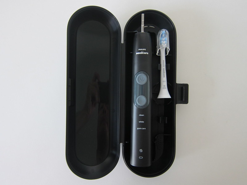 Philips Sonicare ProtectiveClean 5100 - With Travel Case