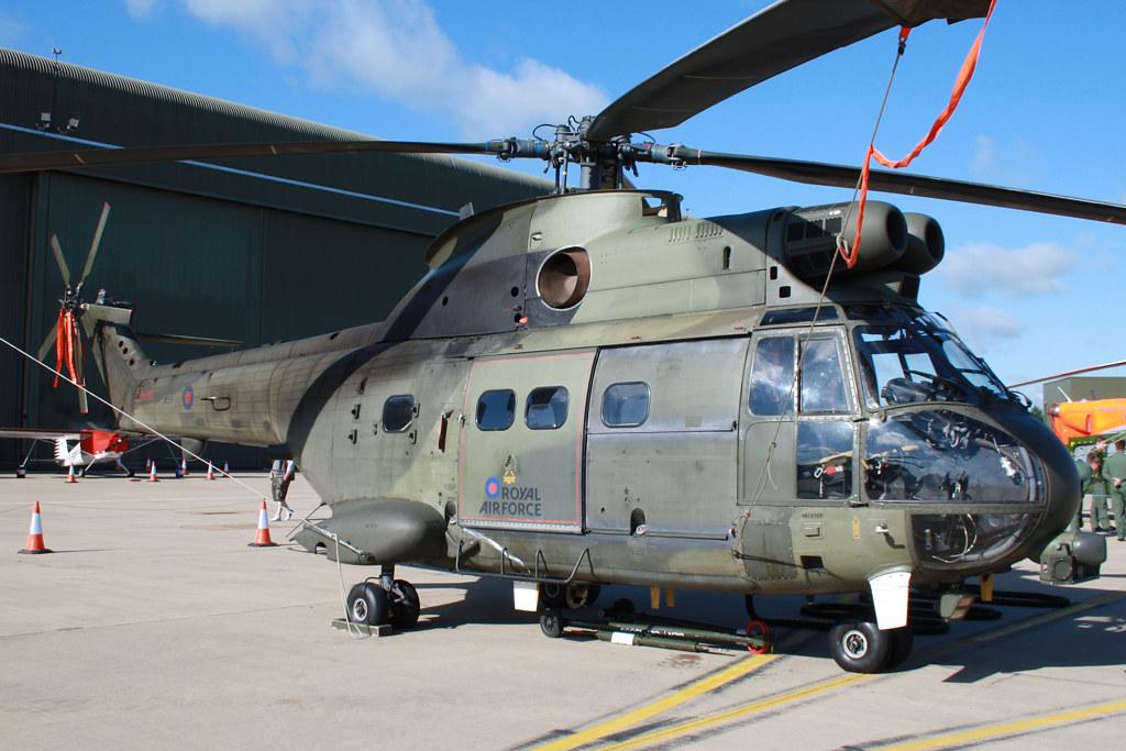Westland Puma HC.1 RAF XW199