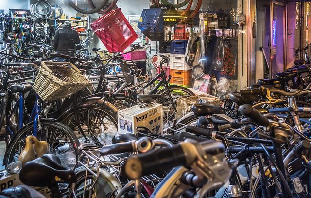 Bicycle shop, Biltstraat, Utrecht