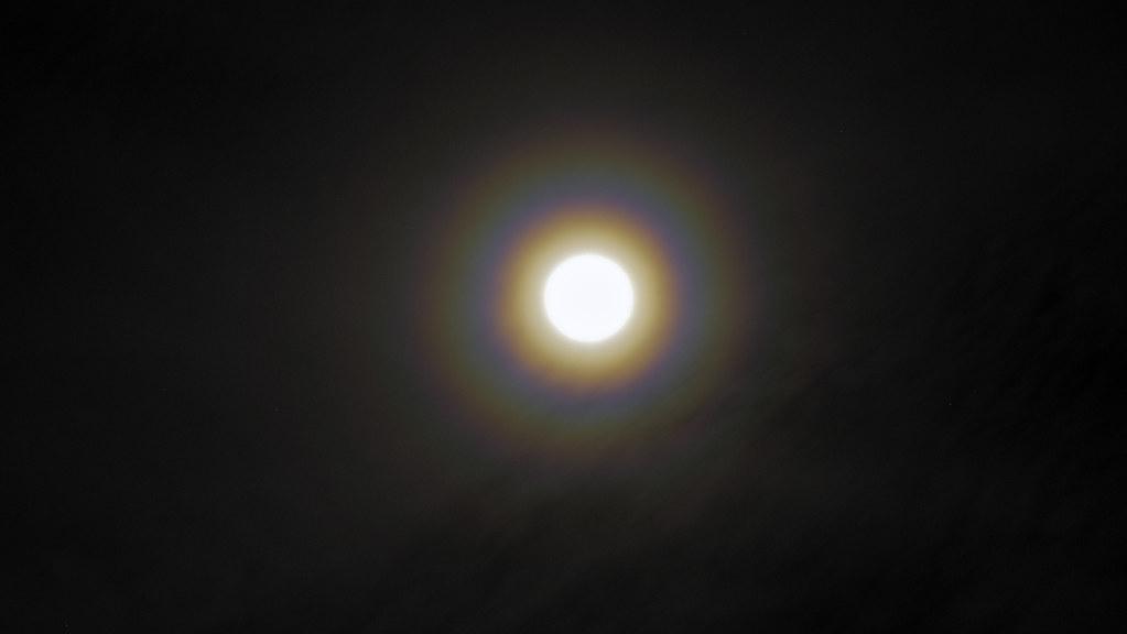 Full Lunar Corona