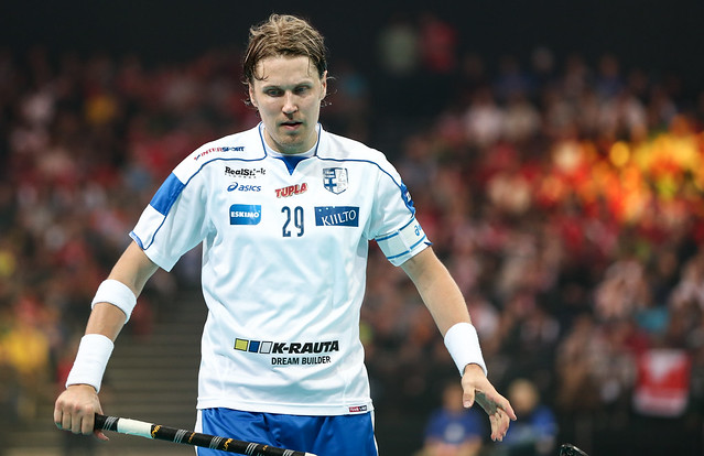 Finland vs Sweden - Salibandy World Championships  Final Game - 09/12/12 - IMAGE CREDIT : Ville Vuorinen - NO UNPAID USE ALLOWED