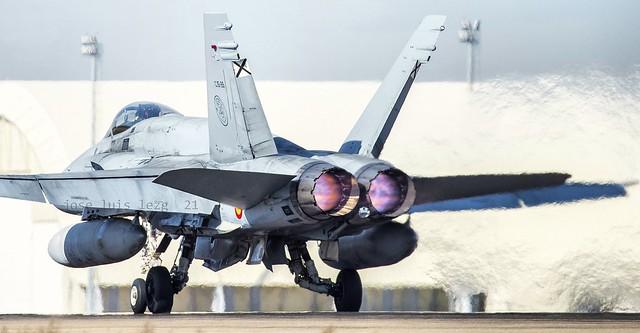 EF-18M  Ala 15