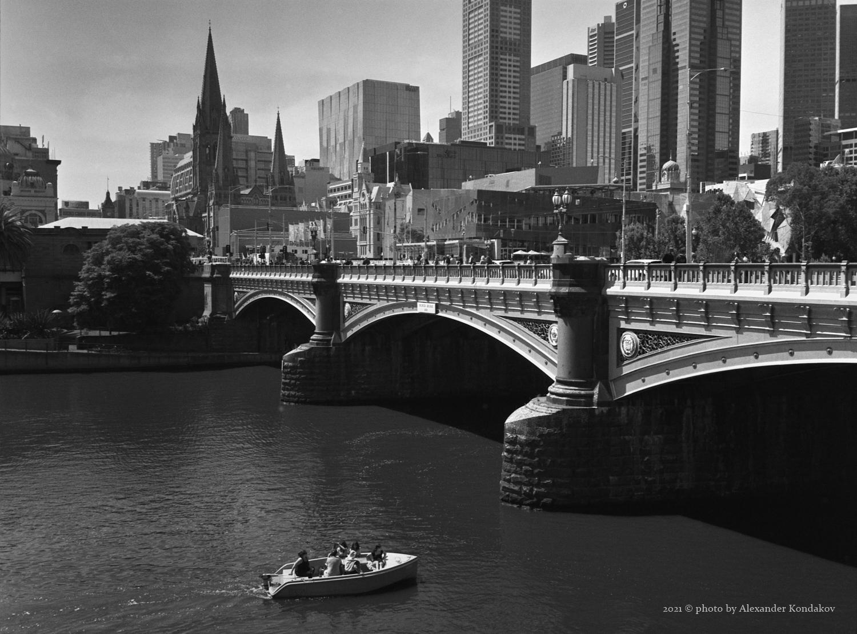 Southbank Promenade Melbourne