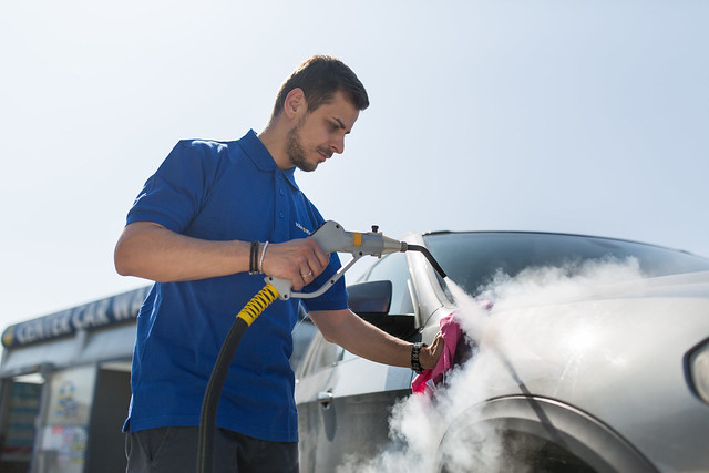 Tecnovap car cleaning (2)