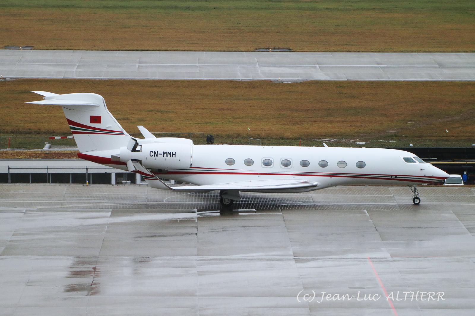 FRA: Avions VIP, Liaison & ECM - Page 25 50887171016_49f1be147a_o_d