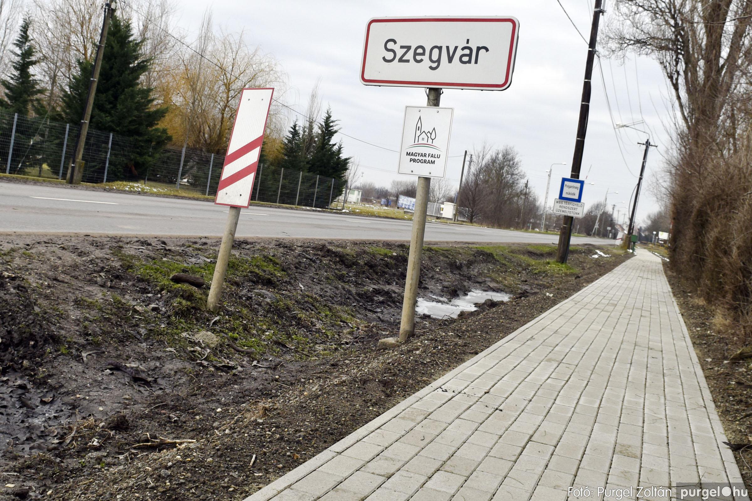 2021.01.28. 008 Vasútállomás járda felújítás - Fotók:PURGEL ZOLTÁN© _DSC3762q