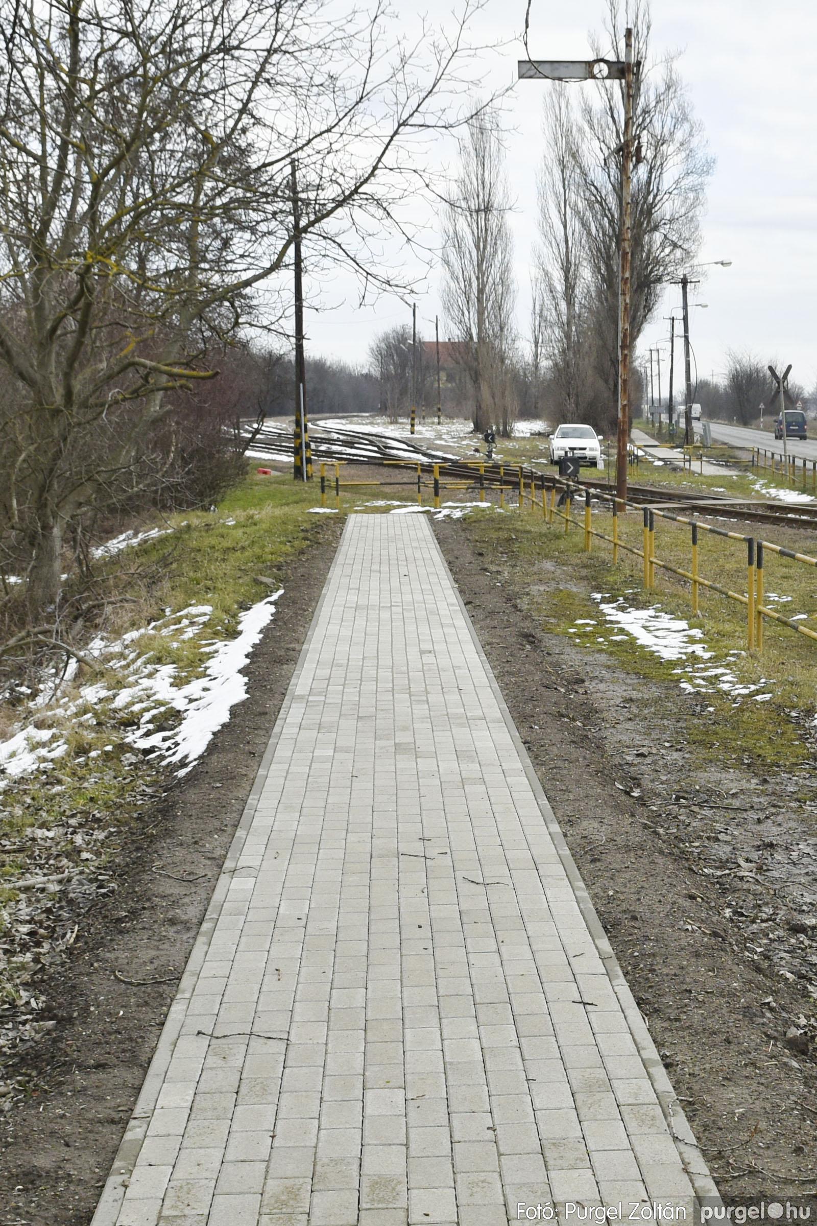 2021.01.28. 002 Vasútállomás járda felújítás - Fotók:PURGEL ZOLTÁN© _DSC3756q