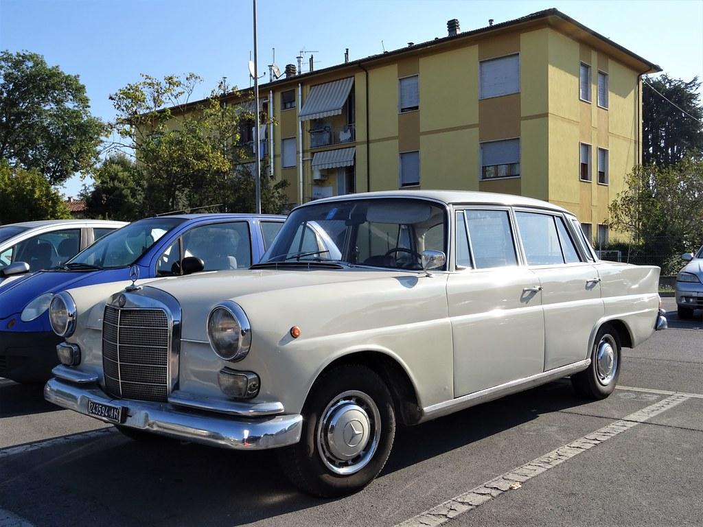 1967 Mercedes-Benz 200 D