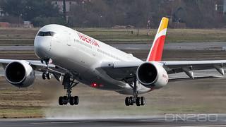 Iberia A350-941 msn 459 F-WWIW / EC-NMZ