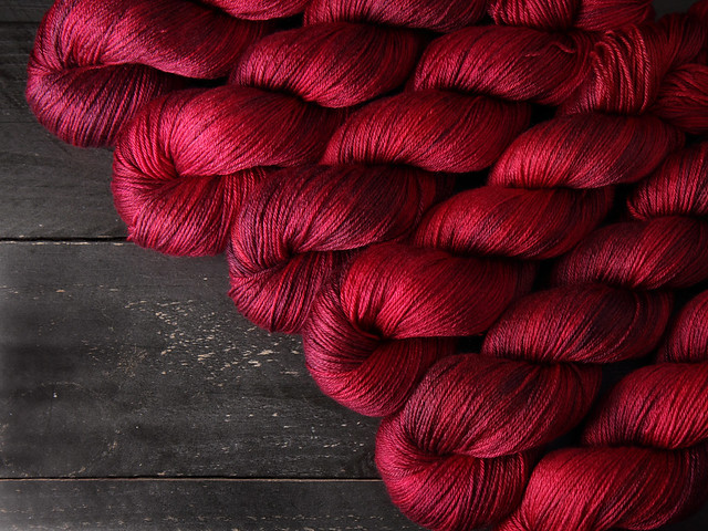Brilliance 4 Ply  – British Bluefaced Leicester wool/silk hand-dyed yarn 100g – 'Dahlia'