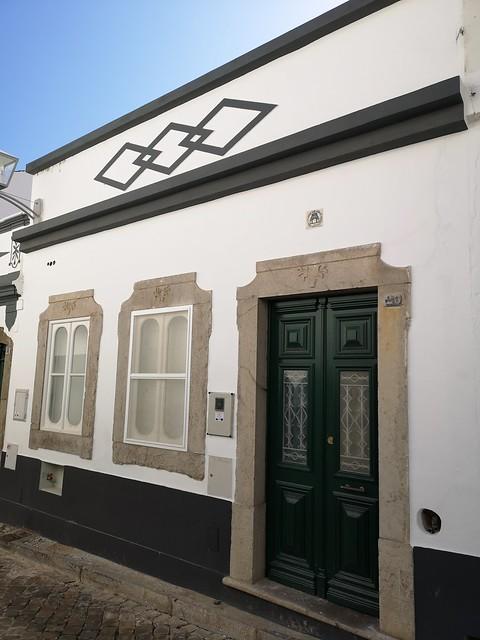 edificio o casa antigua de Tavira Algarve Portugal 02