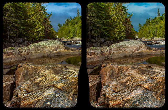 Rocky river 3-D / CrossView / Stereoscopy