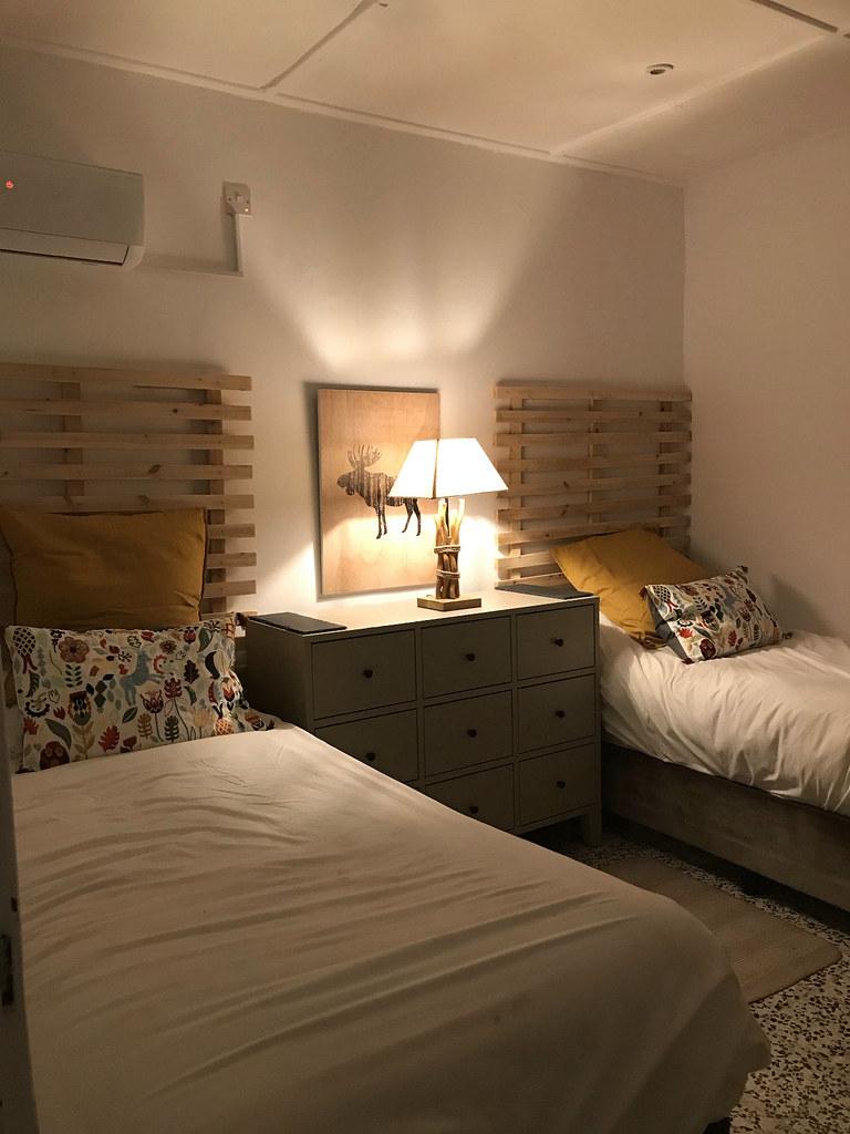 SINGLE BEDS BEDROOM 3 VINES COTTAGE